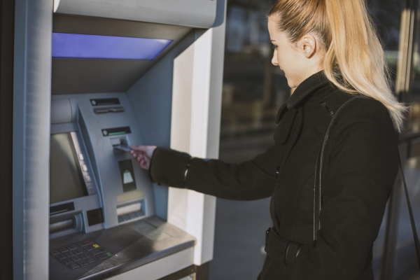 Survey Reveals Variances in US/UK ATM Attitudes