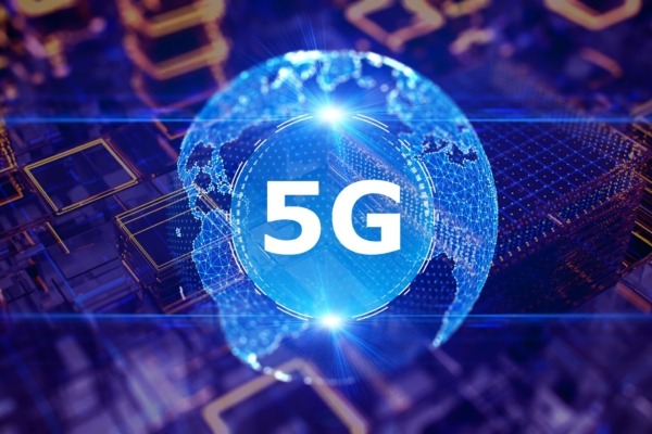 Exploring New Linkages Between Public Networks and 5G
